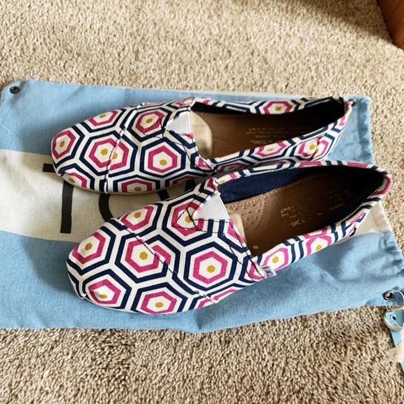 Toms Shoes - TOMS Women's Classic Espadrilles